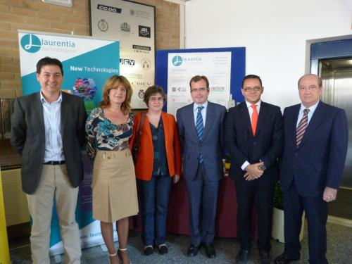 El equipo de Laurentia junto a Joaquín Ríos, Raúl Royo y Jesús Casanova