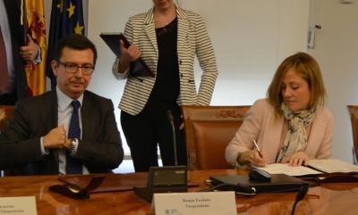 La firma del acuerdo entre el BEI y el ICO