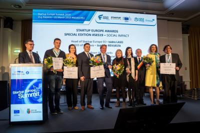 Premio a las 5 mejores startups en impacto Social