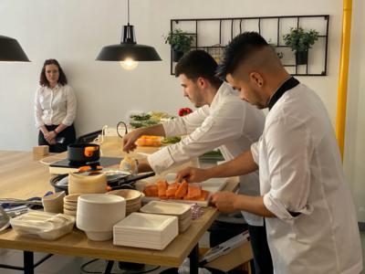 CEEI Castellón celebra la Navidad con su vivero con un 'show cooking' del Chef Sergio Salvador