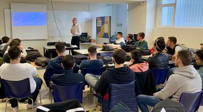 Omron Electronics realizó un seminario en Florida Universitària
